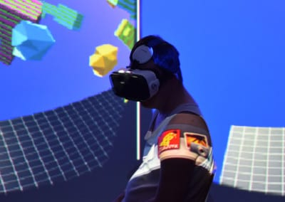 VR at LEVEL 2